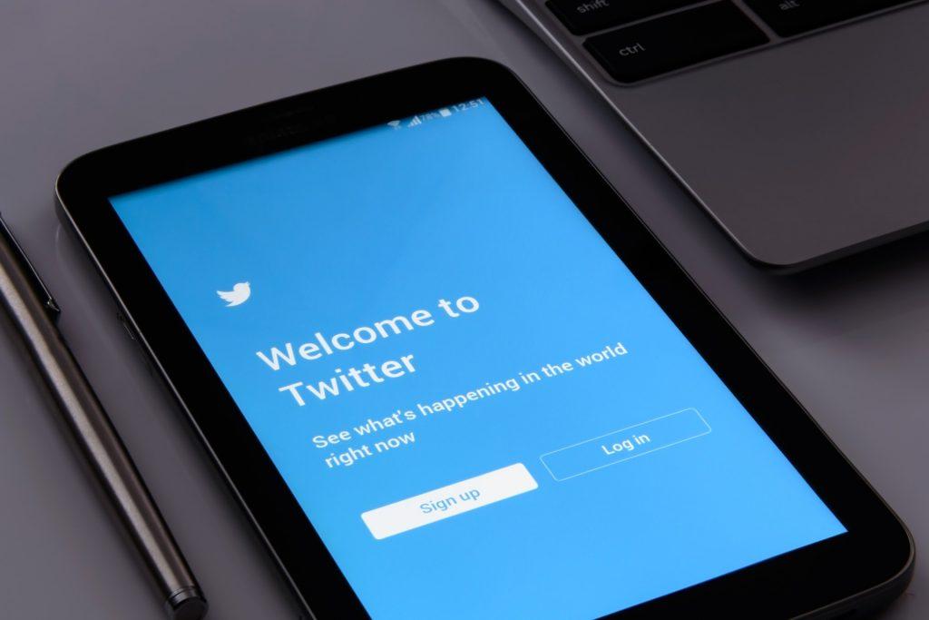 Curadoria 25 perfis de inovação e TICs para seguir no Twitter