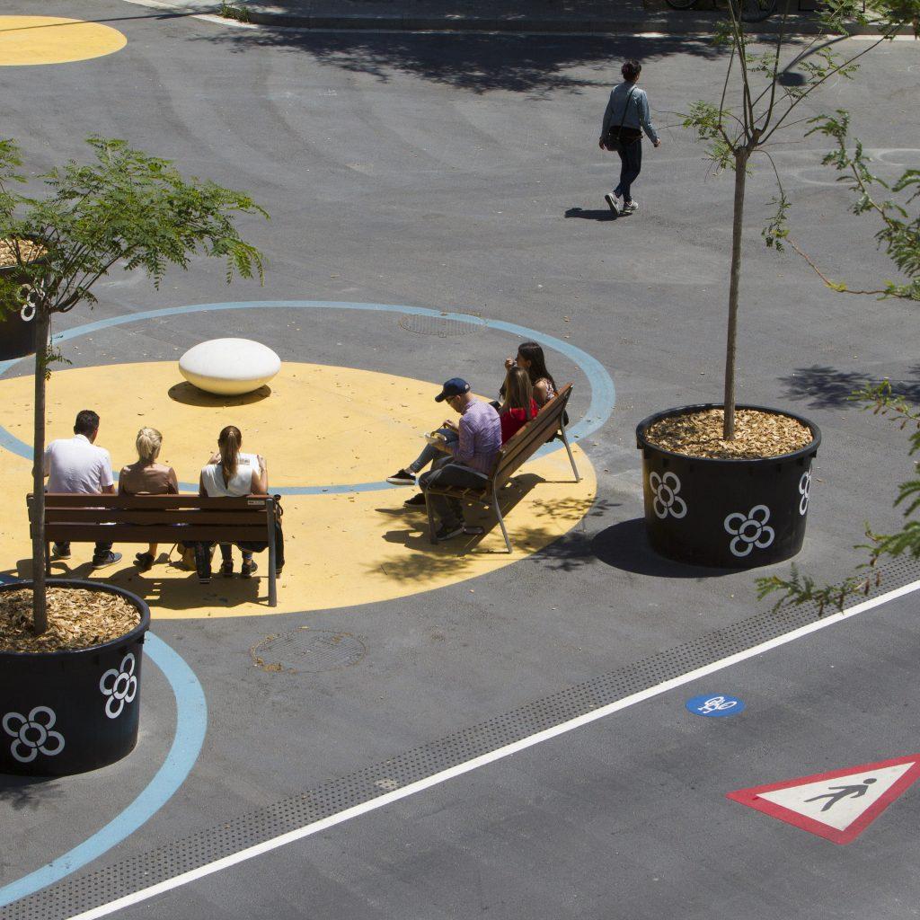 Implantação De Mobiliário Urbano Trazem Vida | Fonte: