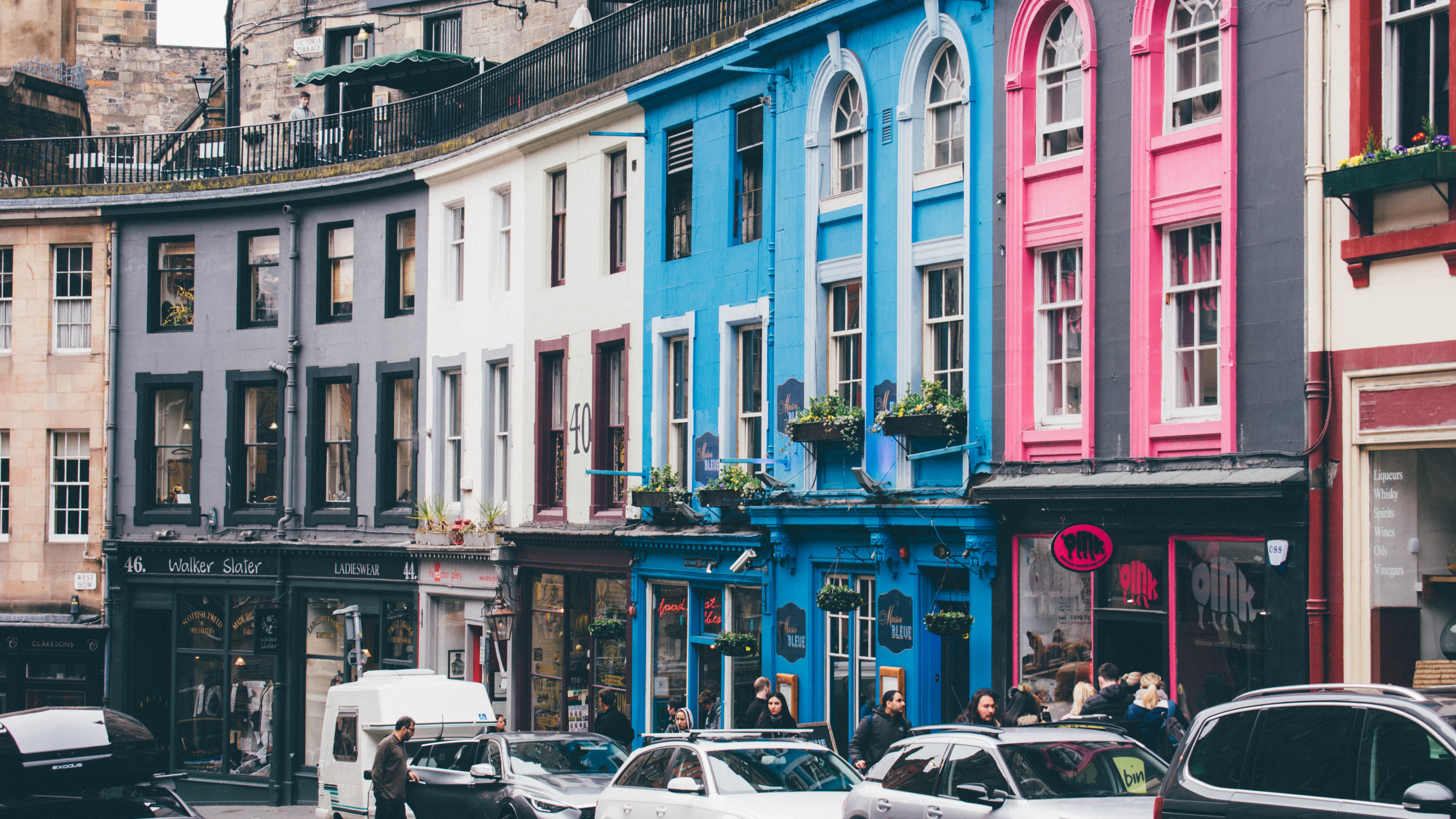 Foto: Victoria Street, Edinburgh, United Kingdom By  Jonathan Ricci On Unsplash.