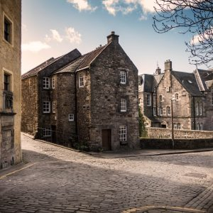 Foto: Edinburgh, United Kingdom By Tim Martin On Unsplash.