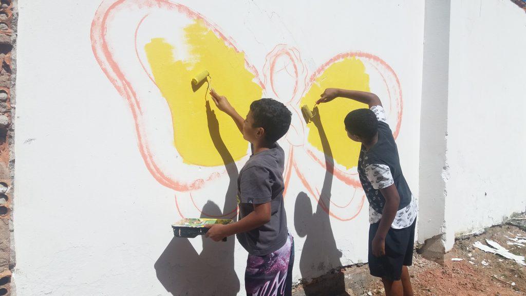 Crianças Ajudando :)
