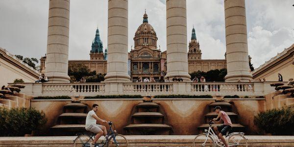 Os Espaços Públicos De Barcelona
