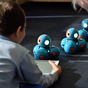 Educacionais: Protótipos Para Aprendizagem, Como Uso De Robótica No Ensino.